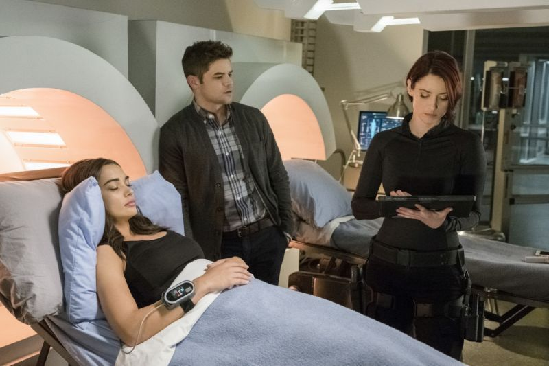 Supergirl Wake Up review - Irma, Winn and Alex