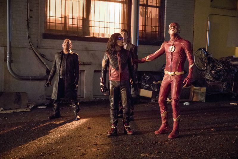 The Flash Elongated Journey Into Mystery review - Breacher, Vibe, Ralph Dibny and The Flash