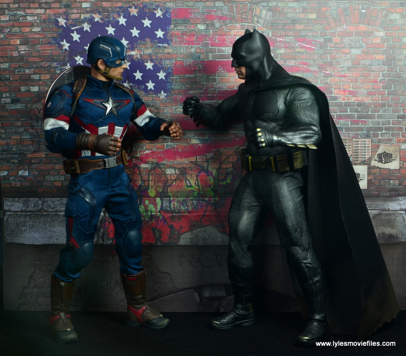 Extreme-Sets Building 2 Pop-Up review left side wall Hot Toys Captain America and Batman face off
