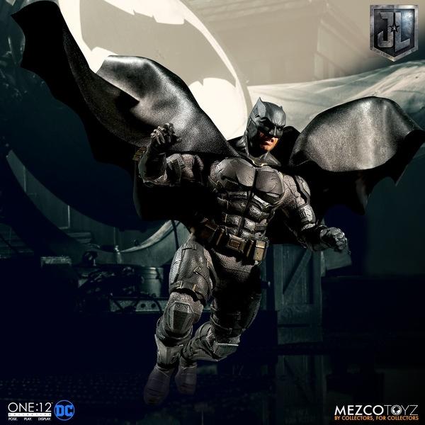 Mezco One12 Collective Justice League Movie Tactical Suit Batman figure gliding down