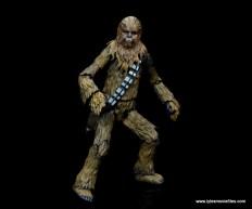 bandai sh figuarts chewbacca figure review - crouching