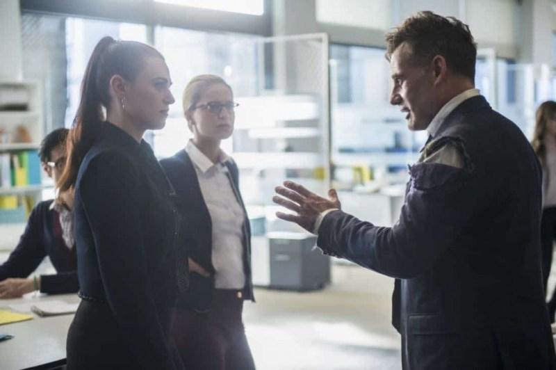 supergirl for good review lena luthor, kara and morgan edge