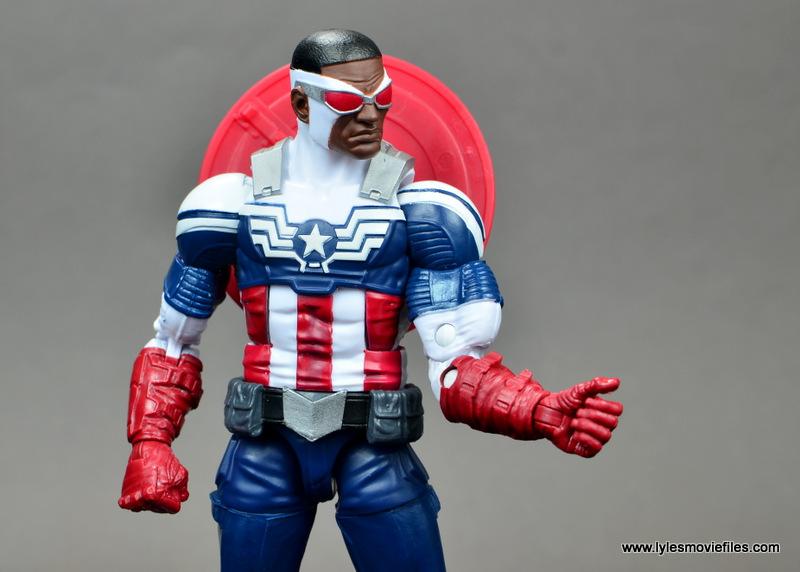 Marvel Legends Avengers Vision, Kate Bishop and Sam Wilson figure review - sam wilson glove detail