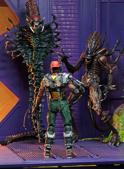 aliens series 13 sgt apone facing off with aliens