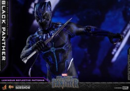 hot toys black panther figure -led main