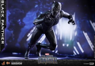hot toys black panther figure -pouncing