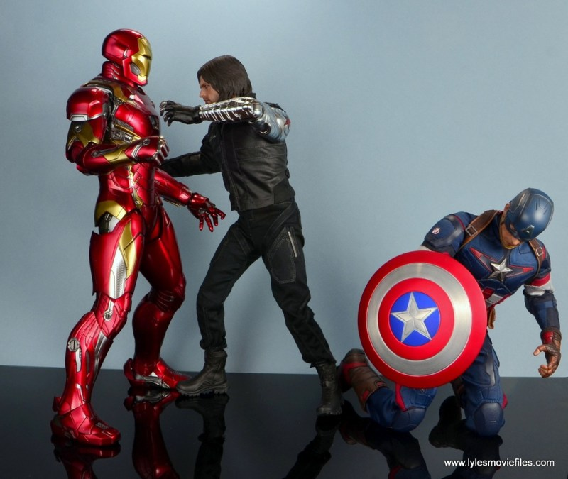 hot toys the winter soldier civil war figure review - vs iron man