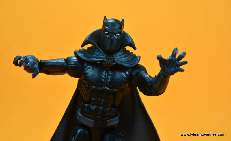 marvel legends black panther figure review - claws out