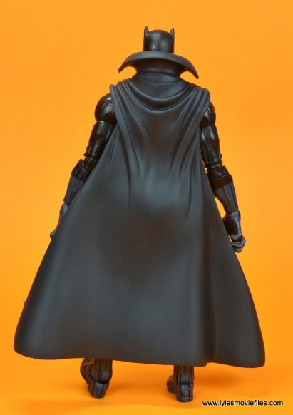 marvel legends black panther figure review - rear with cape