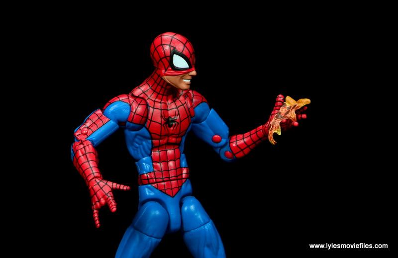 marvel legends retro spider-man figure review - grabbing pizza