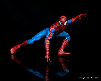 marvel legends retro spider-man figure review -low crouch