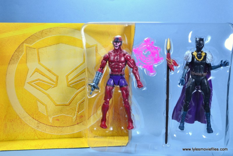 marvel legends shuri and klaw figure review -figures in tray