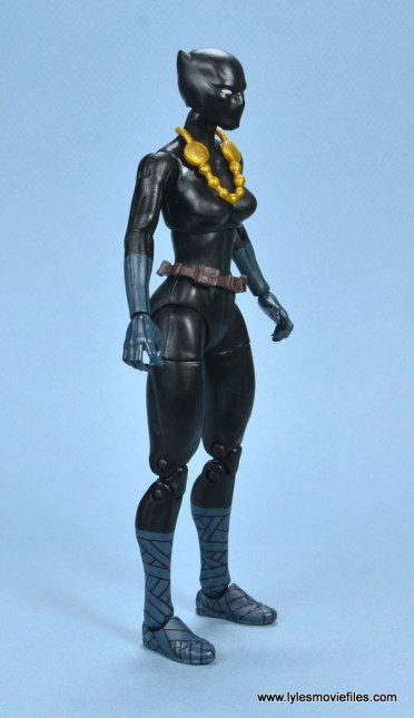 marvel legends shuri and klaw figure review -shuri right side