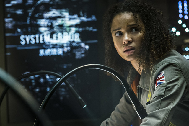 the cloverfield paradox review - gugu mbatha-raw