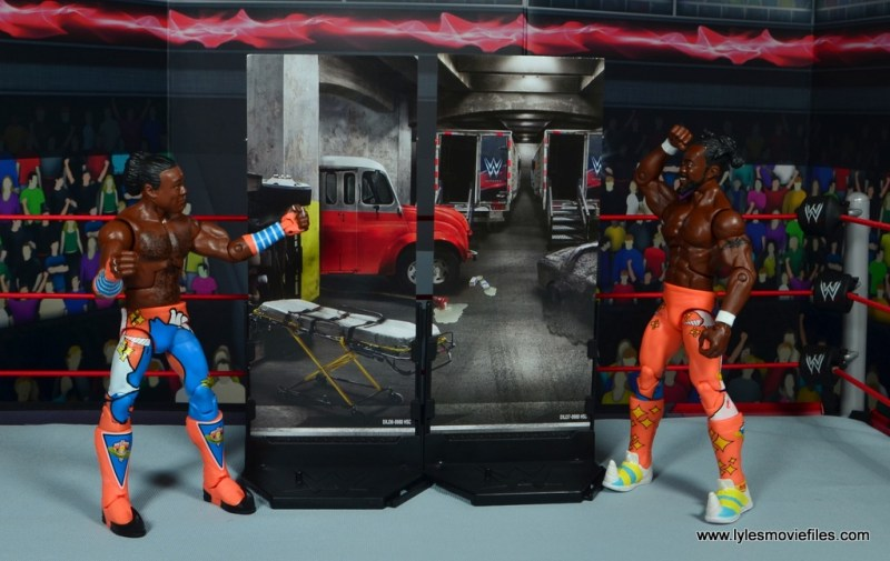 wwe elite 52 new day figure review -xavier and kofi with diorama pieces