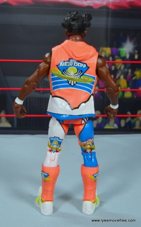 wwe elite kofi kingston figure review -rear look at vest