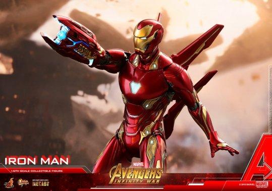 hot toys avengers infinity war iron man figure -wide shot