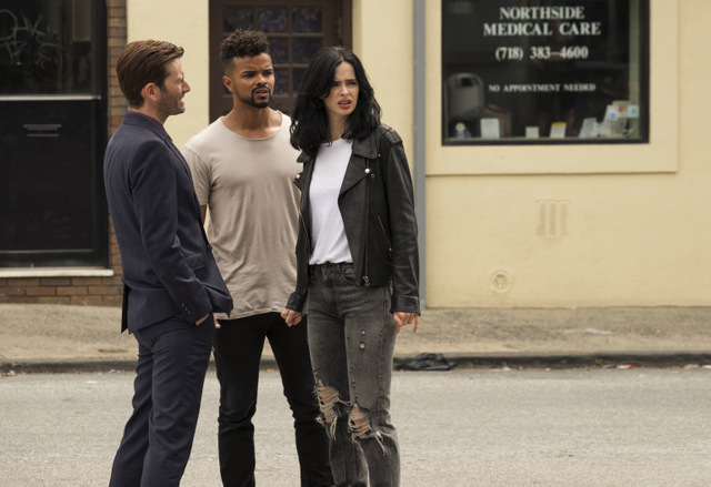 jessica jones aka three lives and counting review -killgrave, malcolm and jessica