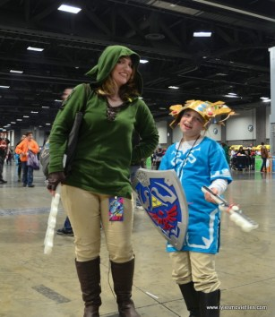 awesome con 2018 cosplay -link duo