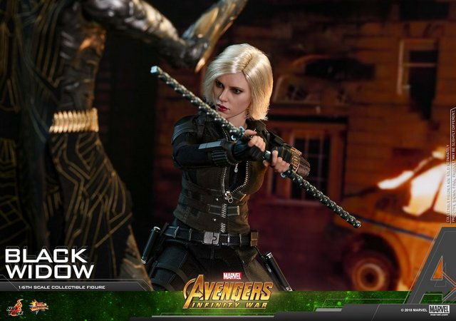 hot toys avengers infinity war black widow -battling corvus glade