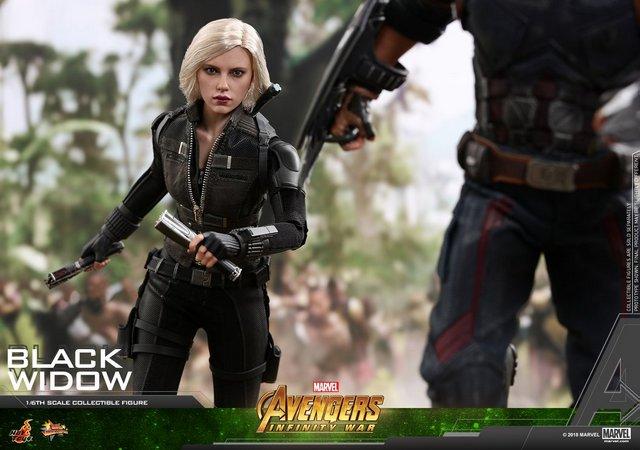hot toys avengers infinity war black widow -charging ahead