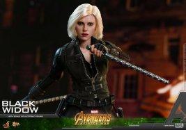 hot toys avengers infinity war black widow -wide shot