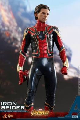 hot toys avengers infinity war iron spider-man figure -unmasked