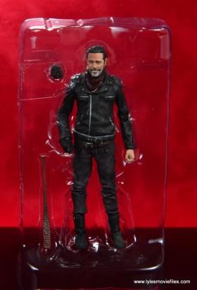 the walking dead negan figure review - accessories