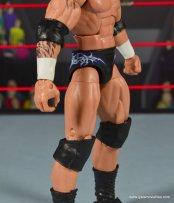 wwe elite 49 randy orton figure review - tight detail side
