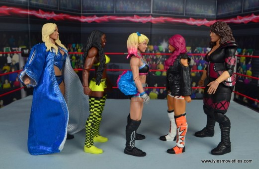 wwe-elite-53-alexa-bliss-figure-review-scale-with-charlotte-flair-naomi