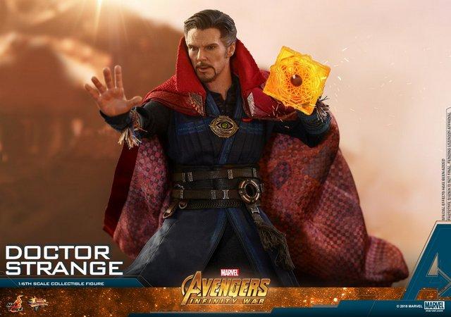 hot toys avengers infinity war doctor strange figure - spell left hand