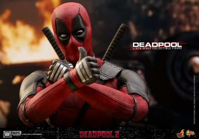 hot toys deadpool 2 figure - making an X