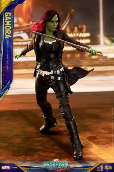 hot toys guardians of the gamora vol. 2 gamora figure - raising sword