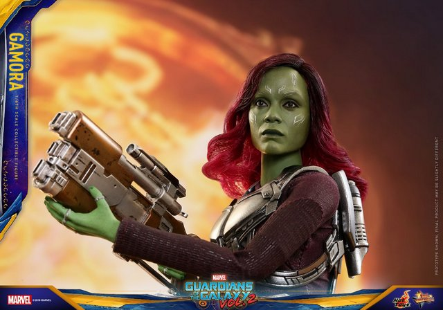hot toys guardians of the gamora vol. 2 gamora figure - with rocket pack and blaster