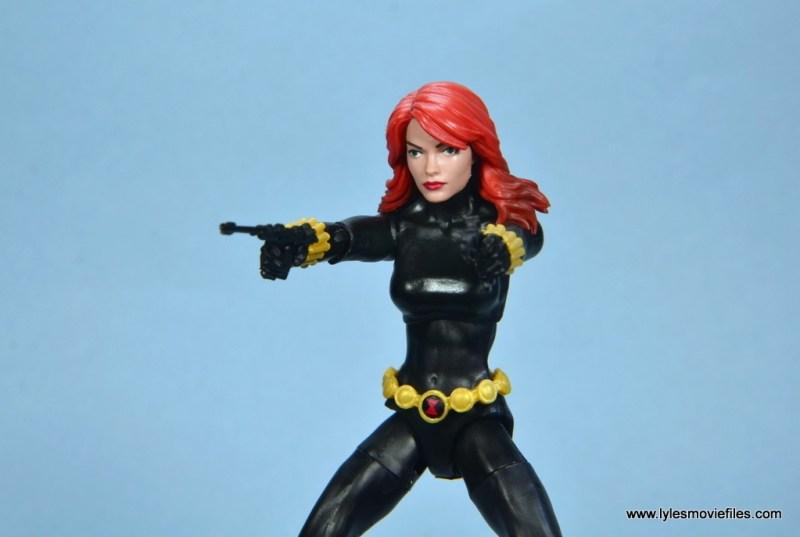 marvel legends retro black widow - aiming guns