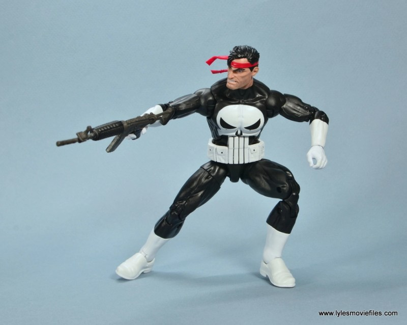 marvel legends the punisher retro figure review - with machine gun