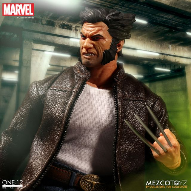 mezco toyz one collective logan figure -close up of claws