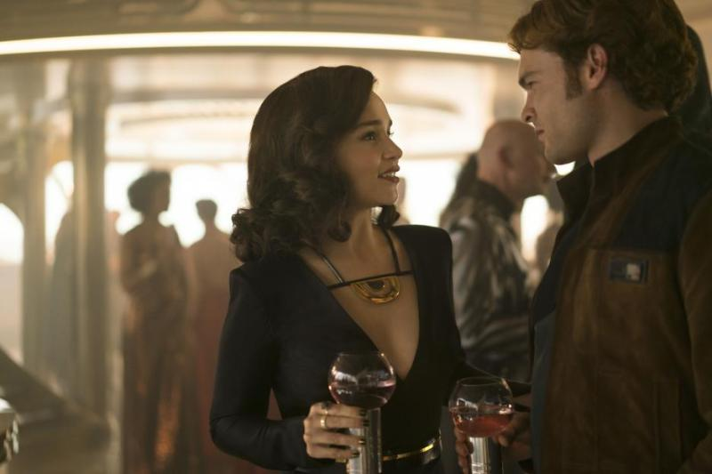 solo a star wars story - qi'ra and han solo