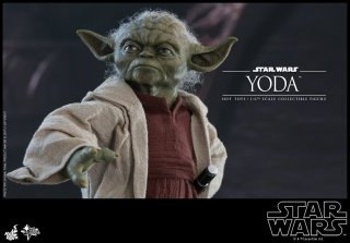 hot toys attack of the clones yoda figure -details