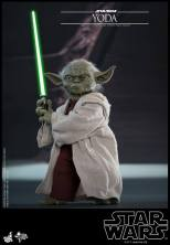 hot toys attack of the clones yoda figure - ready for a duel