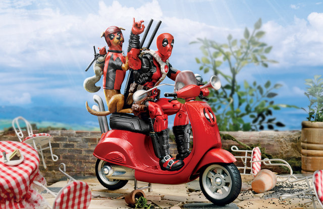 2019 MARVEL DEADPOOL LEGENDS SERIES VEHICLES - Deadpool (Scooter)