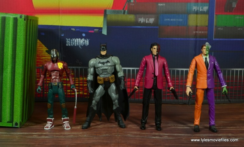dc multiverse two-face figure review -scale with duke thomas, batman and dc classics two-face