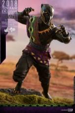 hot toys black panther t'chaka figure -pouncing