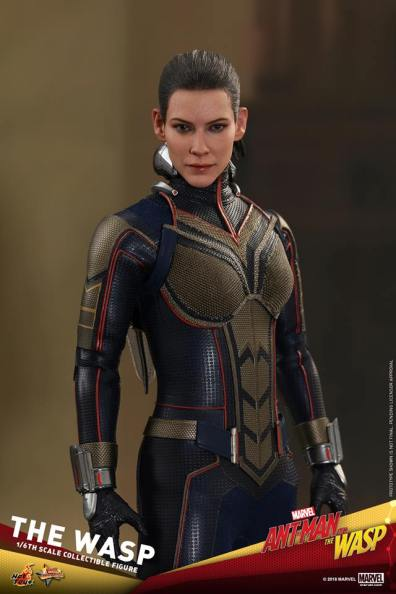 hot toys the wasp figure -unmasked