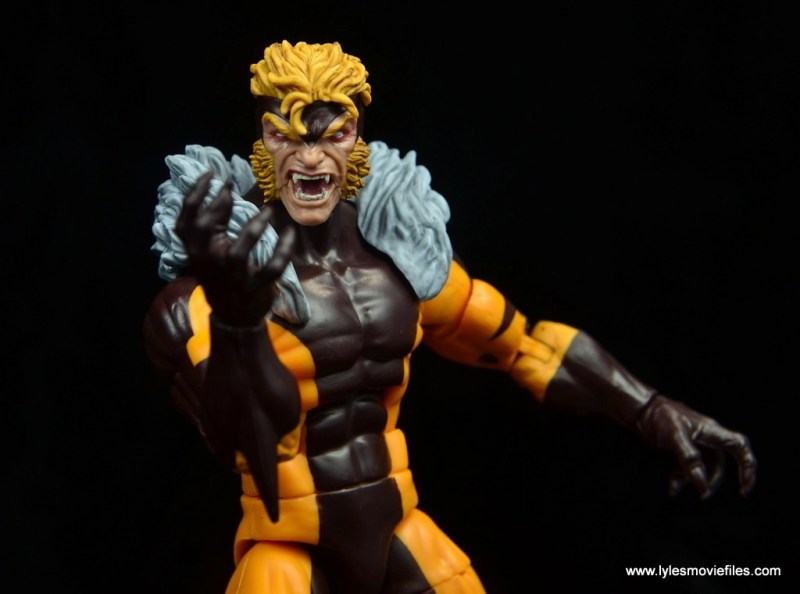 marvel legends sabretooth figure review - ready for action