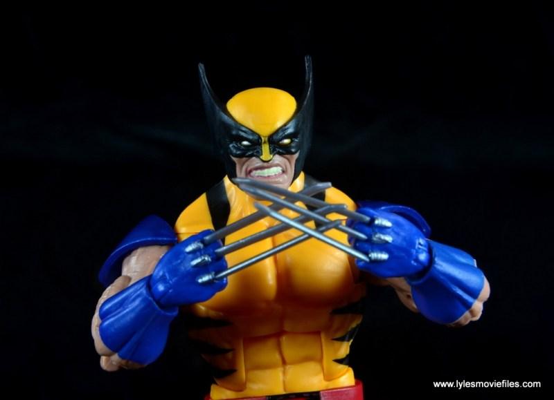 marvel legends wolverine figure review - claws together