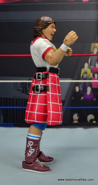 wwe hall of fame rowdy roddy piper figure review - right side