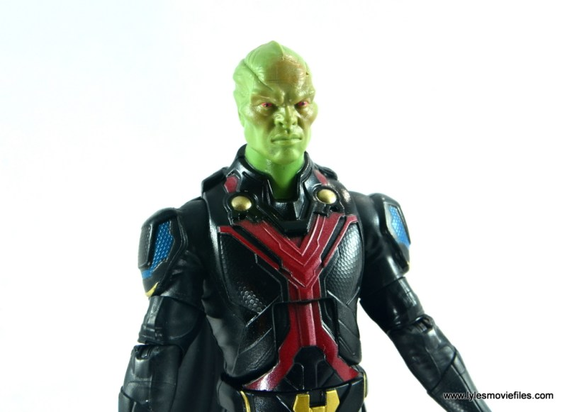 dc multiverse martian manhunter figure review - outfit detail
