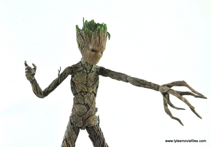 hot toys avengers infinity war groot and rocket review - groot alternate face plate and weapon hand