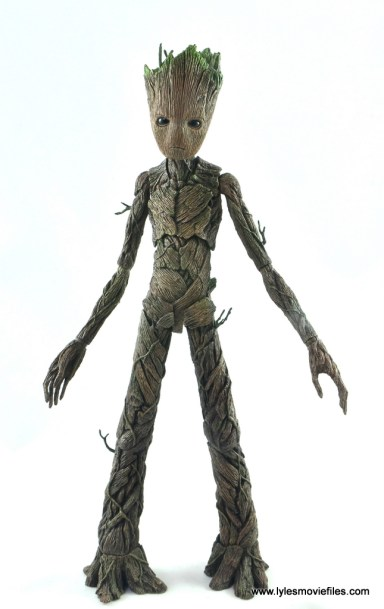 hot toys avengers infinity war groot and rocket review - groot front